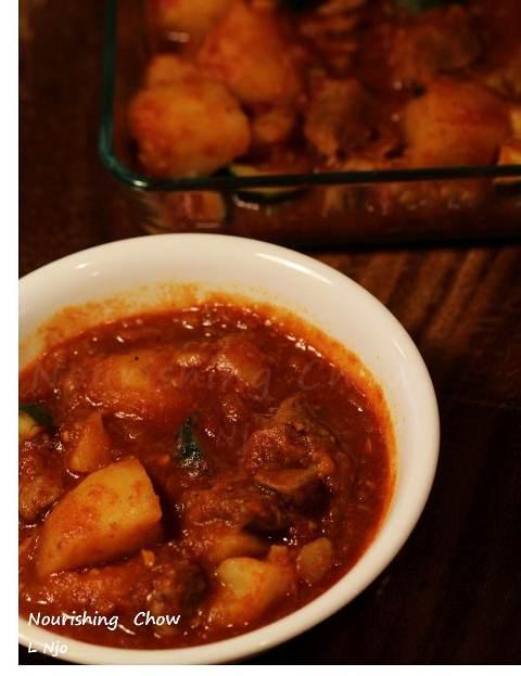 Pork and potato goulash