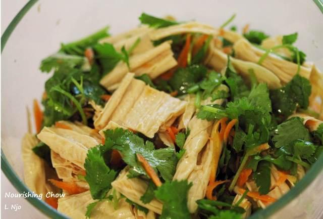 Tofu skin salad