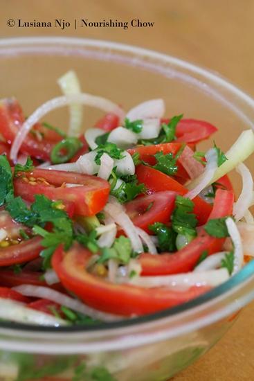 Tomato, coriander and onion salad